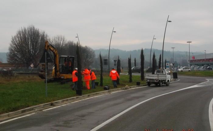 Lavori aree verdi Comune FIV_via Ungheria